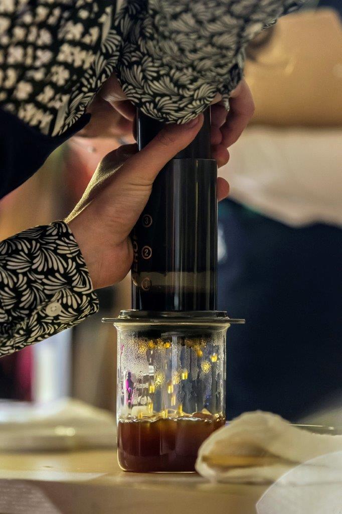 Aeropress - jedna z alternatywnych metod parzenia kawy w domu