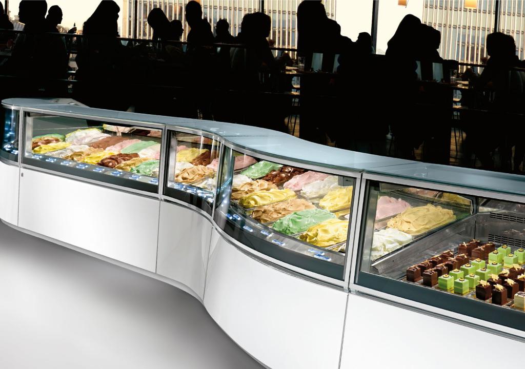 Jak produkować lody i otworzyć lodziarnie? Jakie wyposażenie lodziarni jest niezbędne?