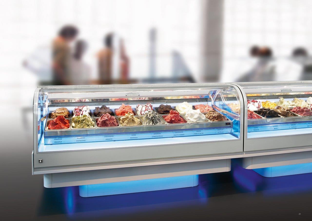 Podświetlana witryna do lodów w lodziarni | IFI Cloud
