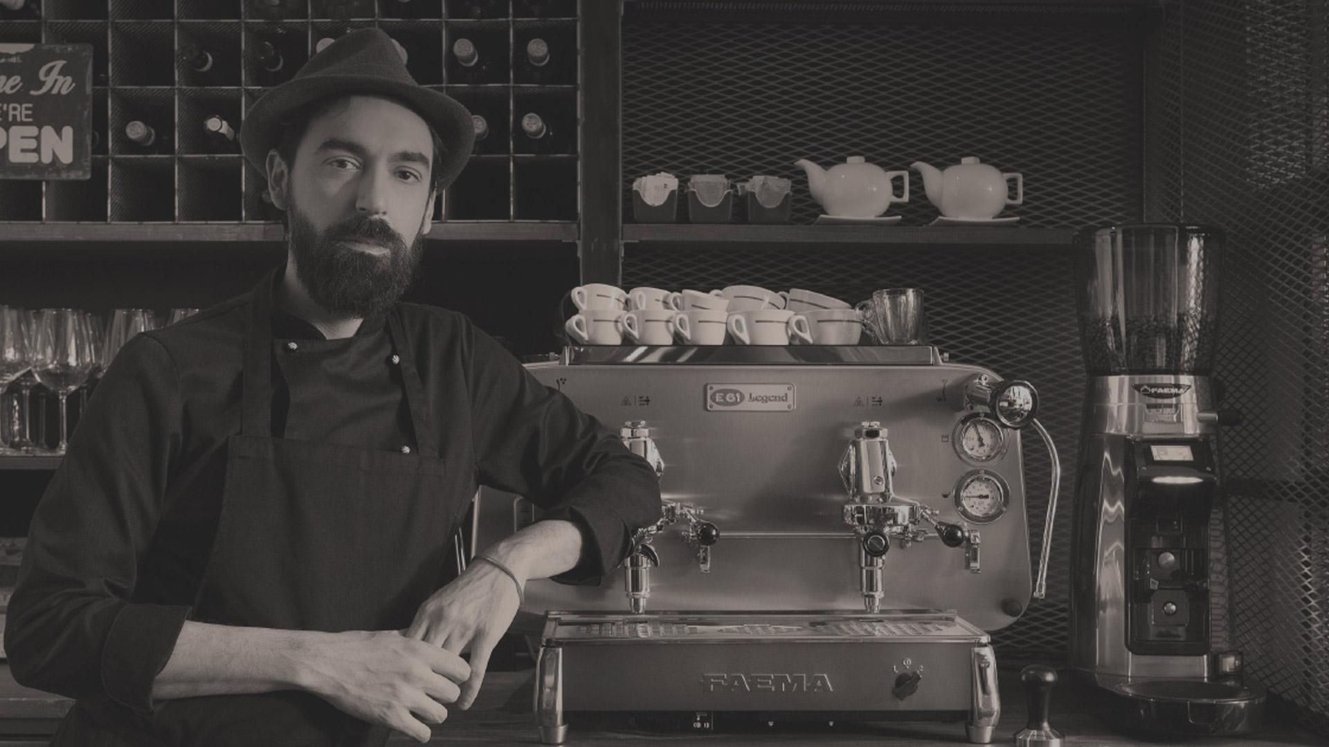 Ekspres do kawy w kawiarni - jaki wybrać?